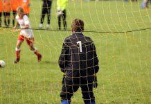 violenza e insulti calcio