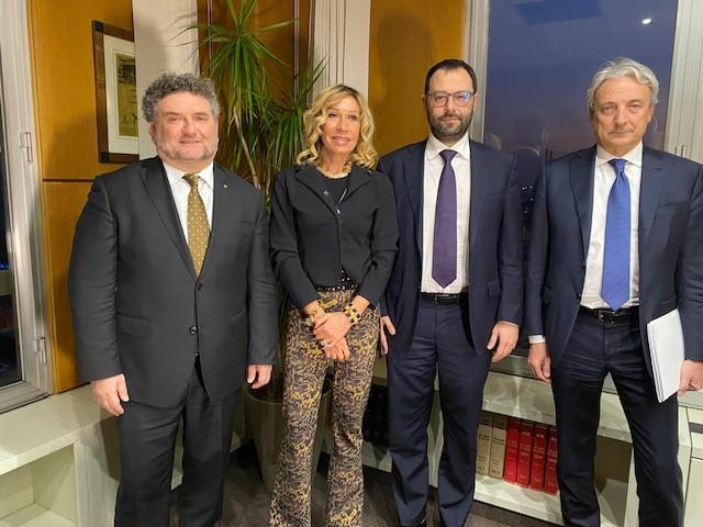 Mattinzoli Rizzoli patuanelli e presidente industriali Pasini