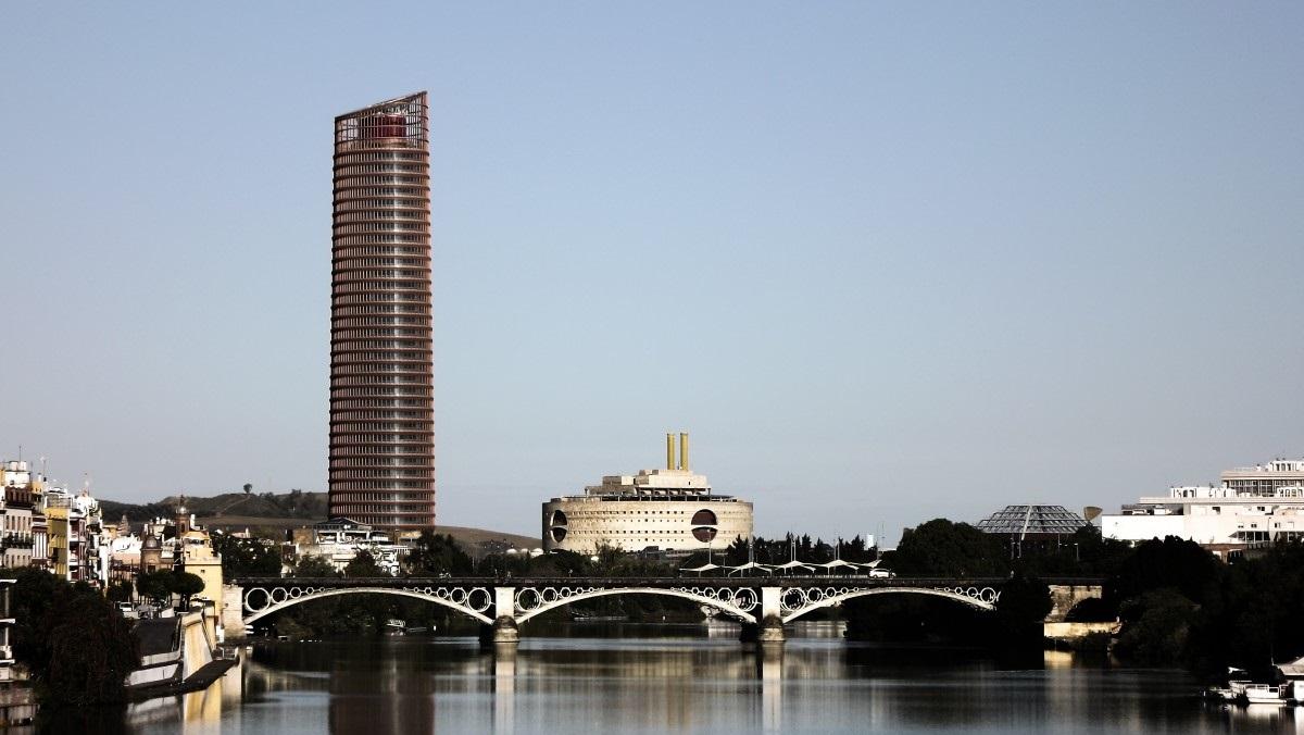 Torre Triana s Siviglia sede del Governo regionale dell'Andalusia