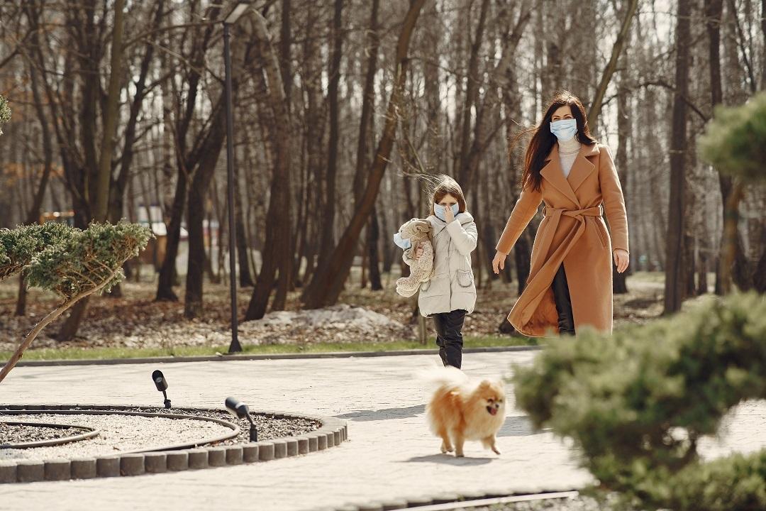 coronavirus passeggiate vietate