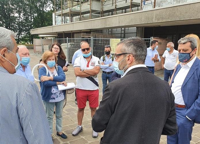 Bolognini visita cantiere per riqualificazioni case popolari Gratosoglio