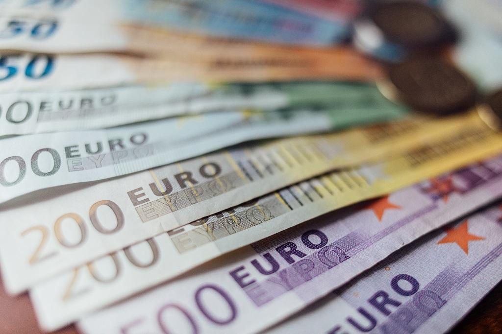 taglio interessi bancari alle aziende