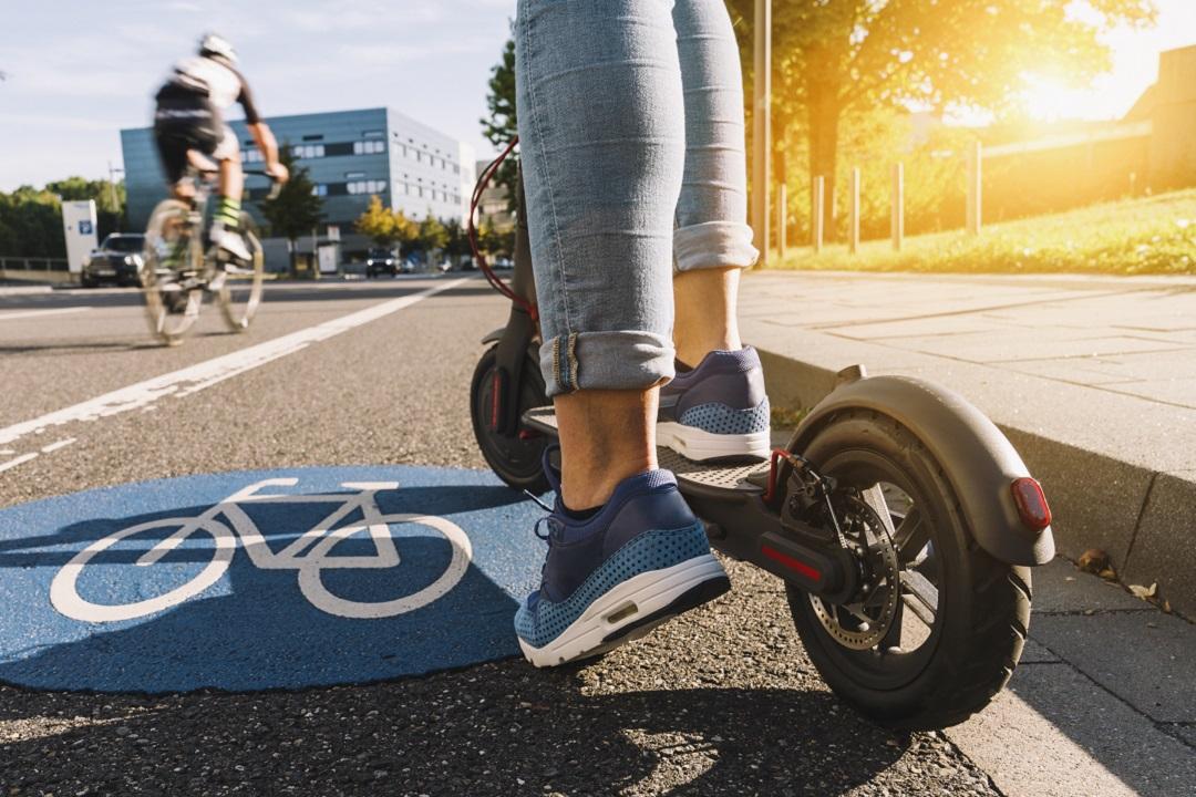 monopattini e bici a Milano