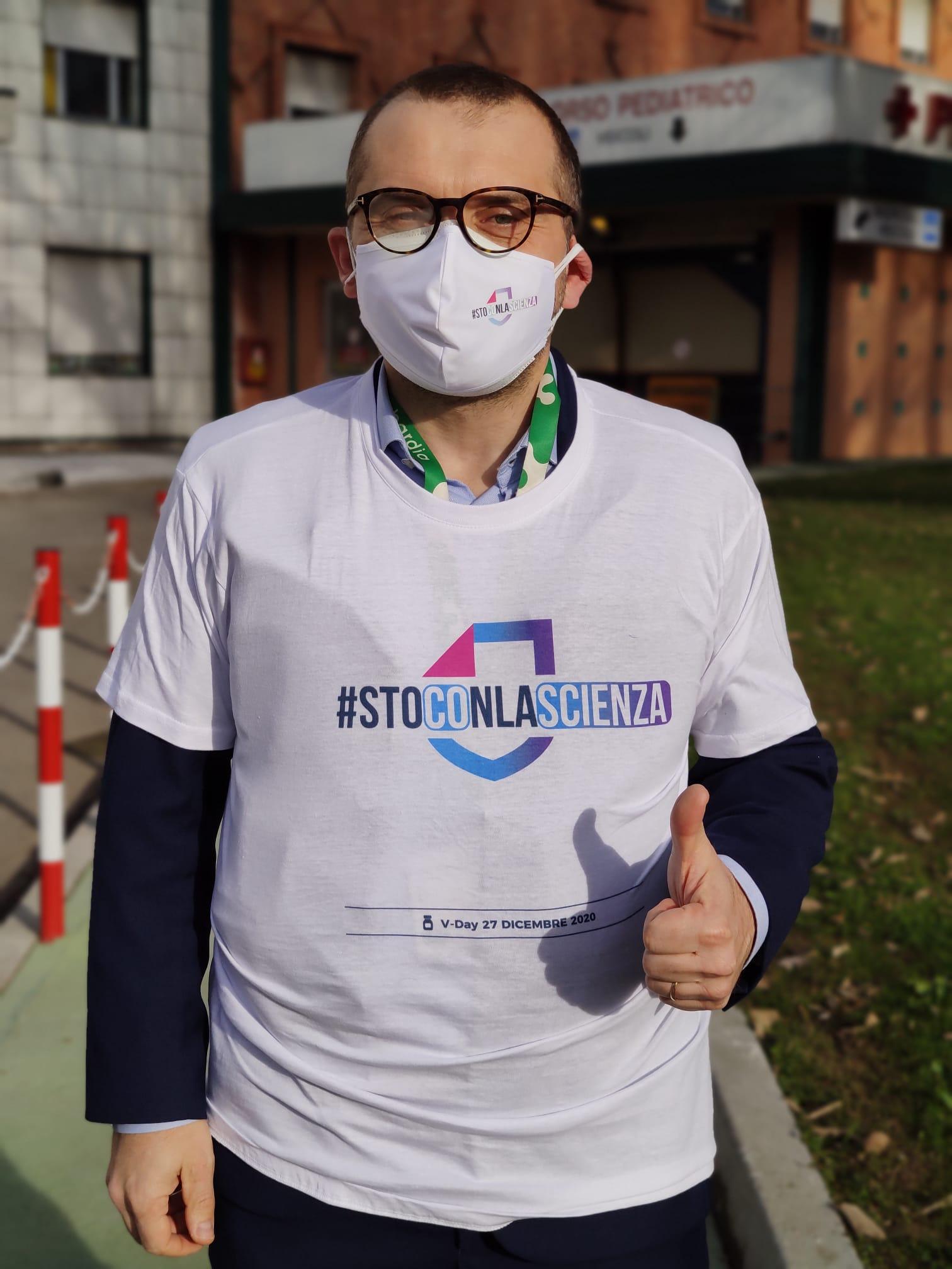 Vaccination day Brescia, l'assessore regionale Fabio Rolfi agli Spedali Civili.