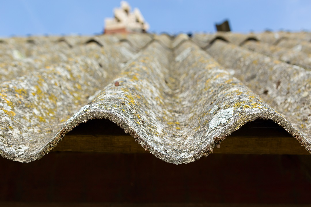 Rimozione amianto edifici pubblici, bando 2020-2021 di Regione Lombardia