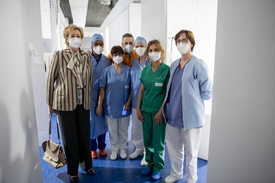 hub vaccinali carate meda