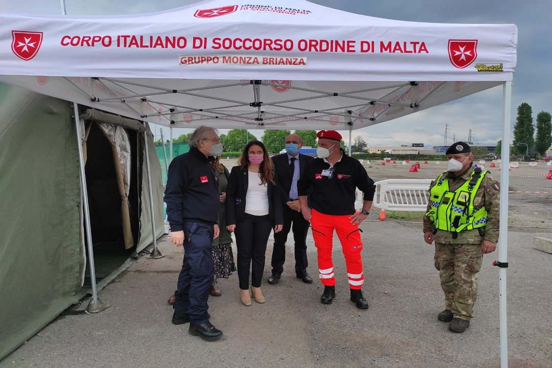 vaccinazioni drive through monza