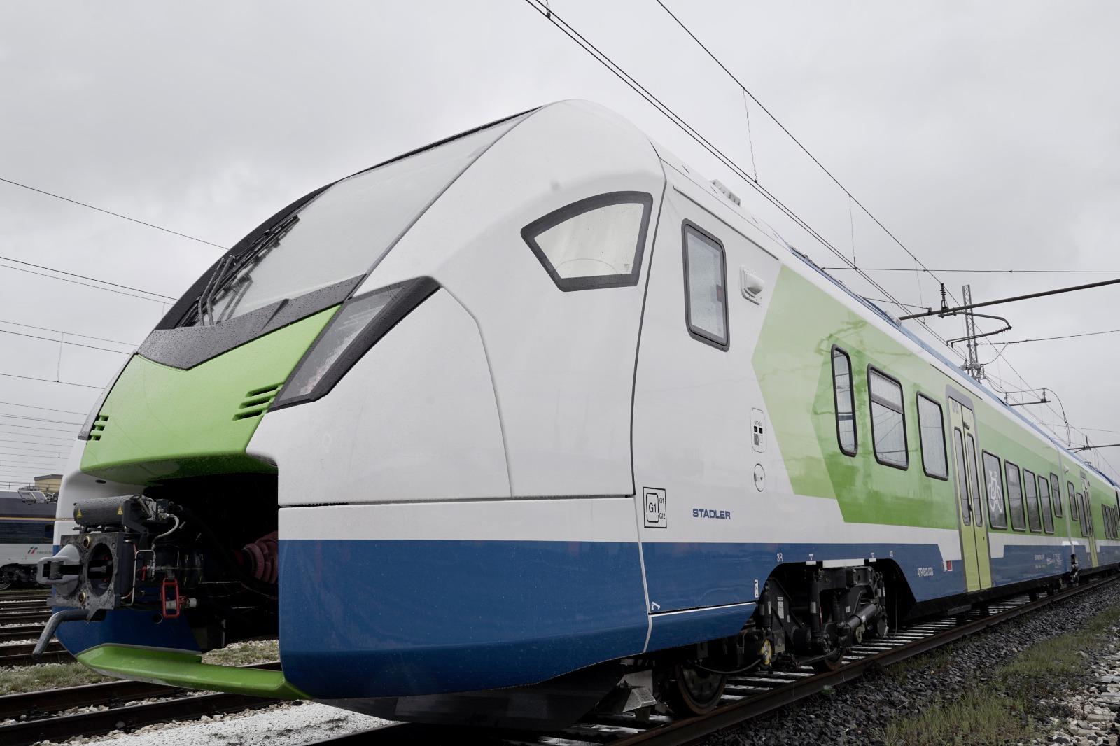 treno ibrido diesel elettrico