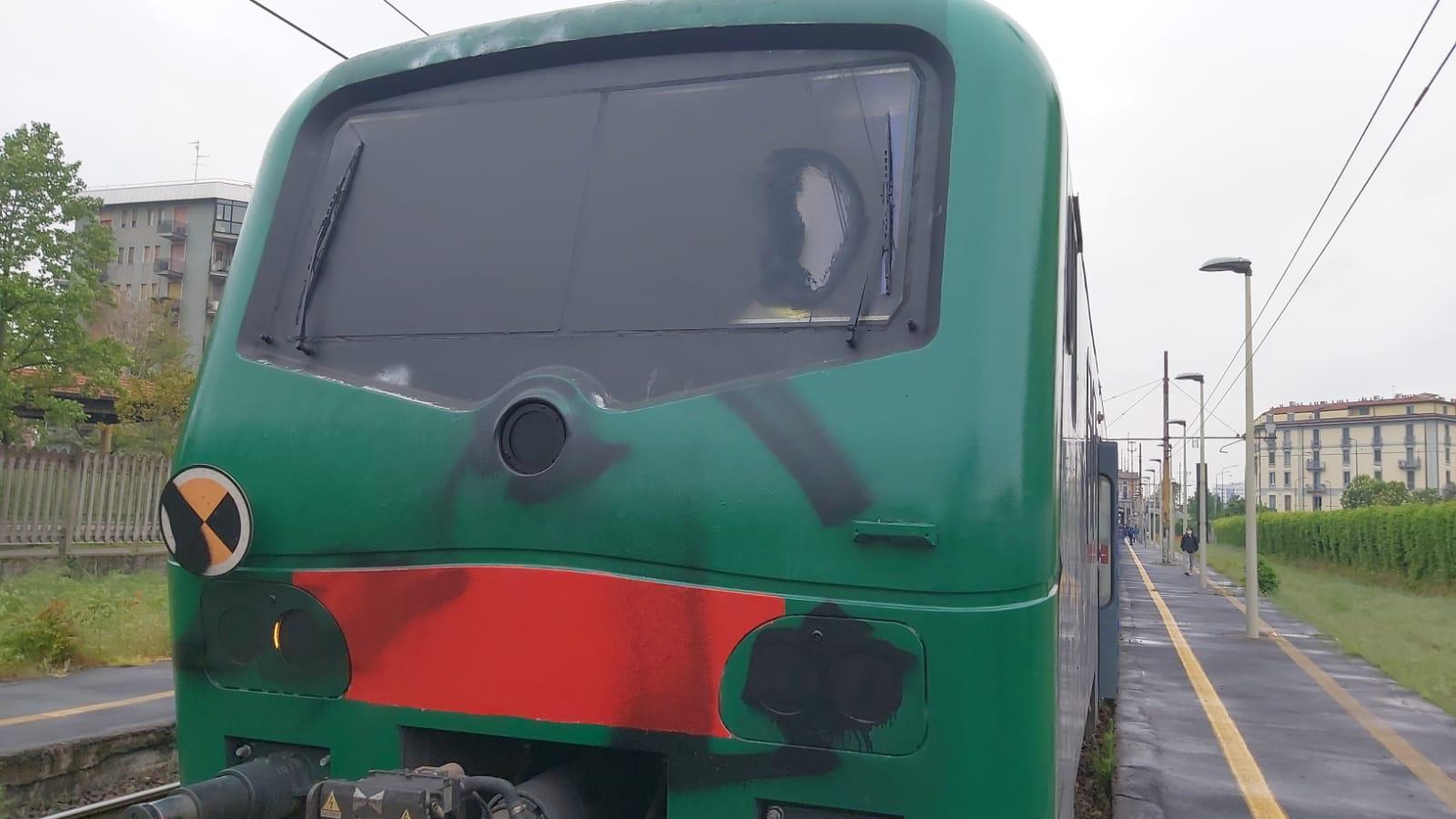 assalto treno