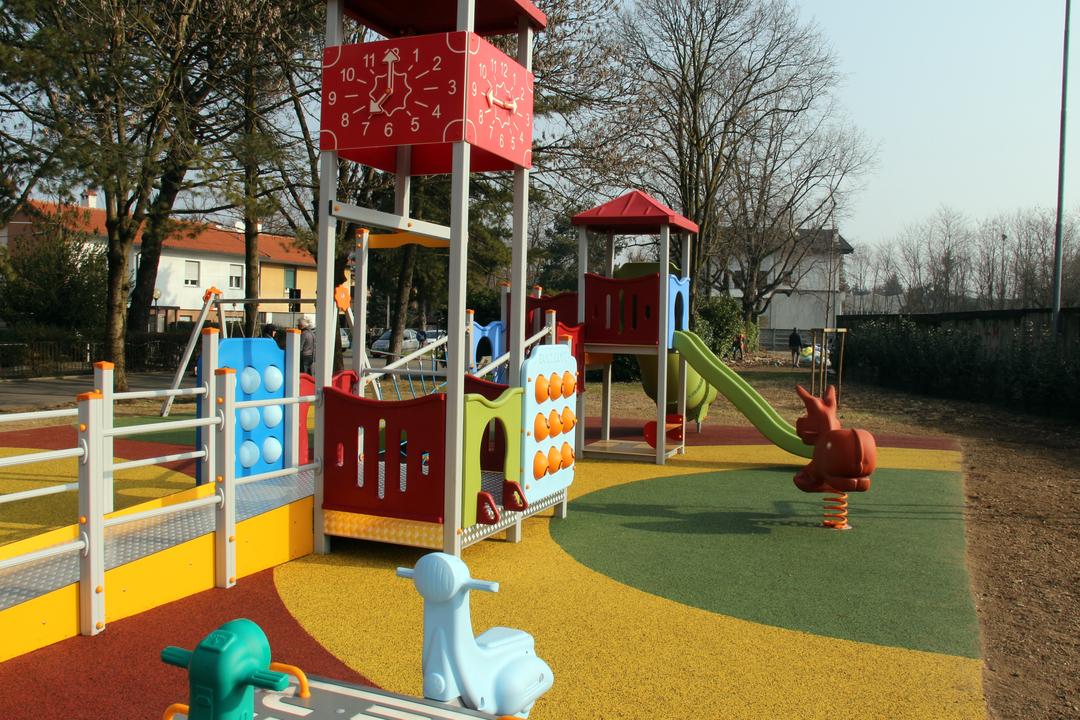 parchi gioco inclusivi progetti