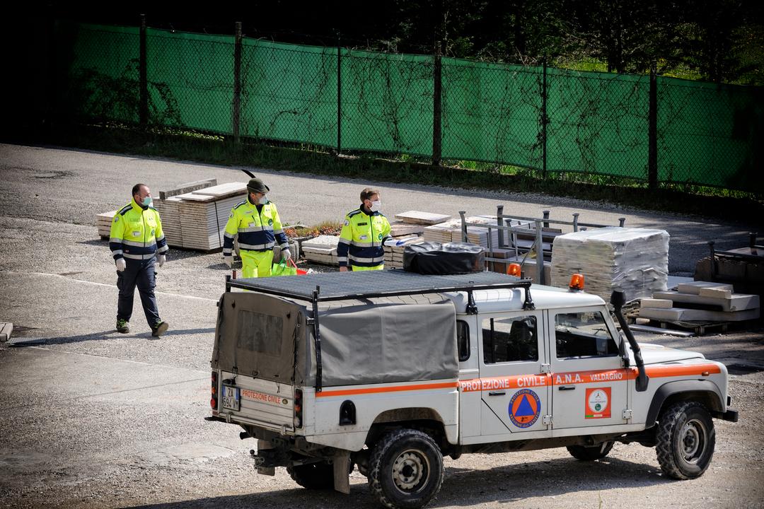 Protezione civile volontari emergenze