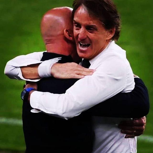 L'Italia che ci crede, sempre. Grazie Roberto Mancini e Gianluca Vialli